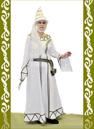 kostým bila paní, půjčovna maškarních kostýmů Praha, Ladana