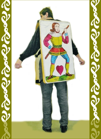 kostým karta srdcová, půjčovna maškarní kostýmy Praha Ladana